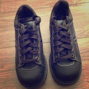 NWOT Sketchers ankle boots